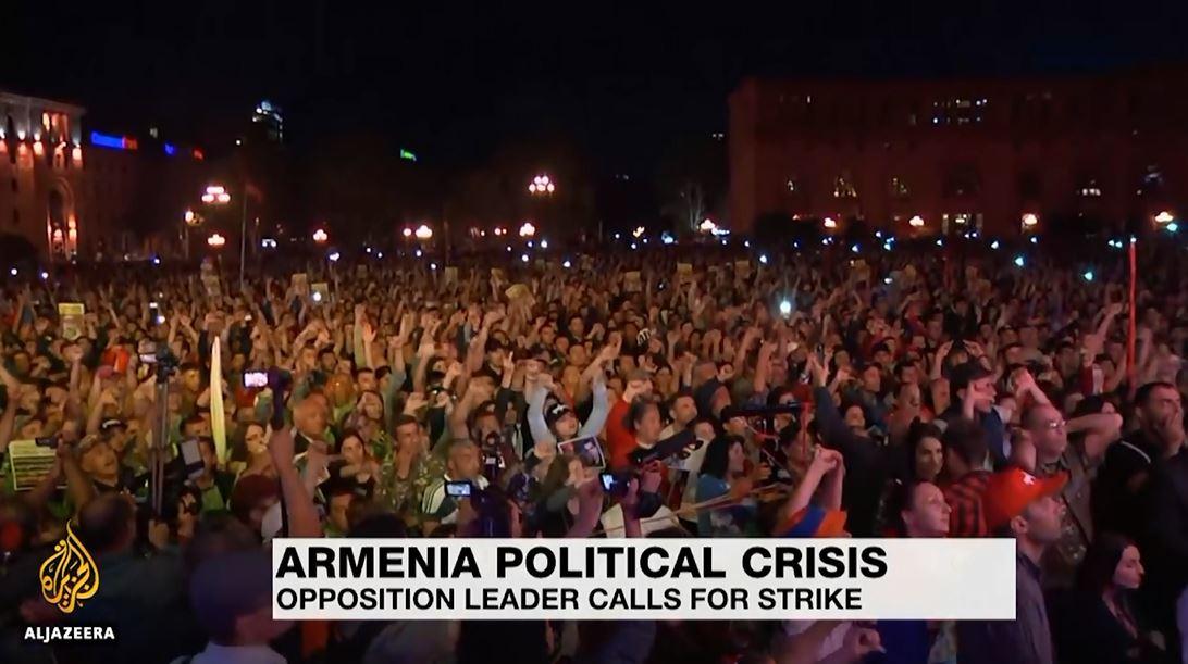 Armenia në krizë, vendi përfshihet nga mosbindja civile