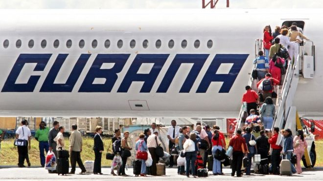 Kubë, rrëzohet një avion në aeroportin e Havanës