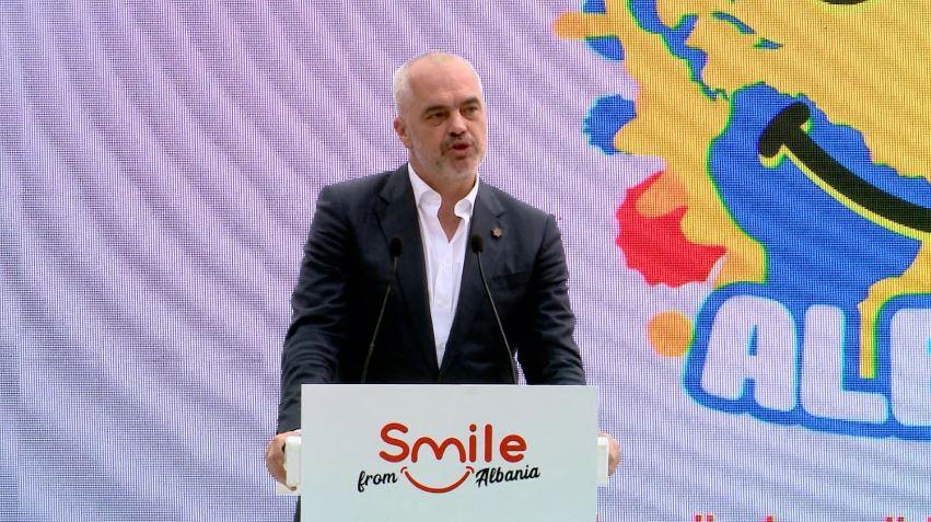 edi-rama-smile-albania.jpg
