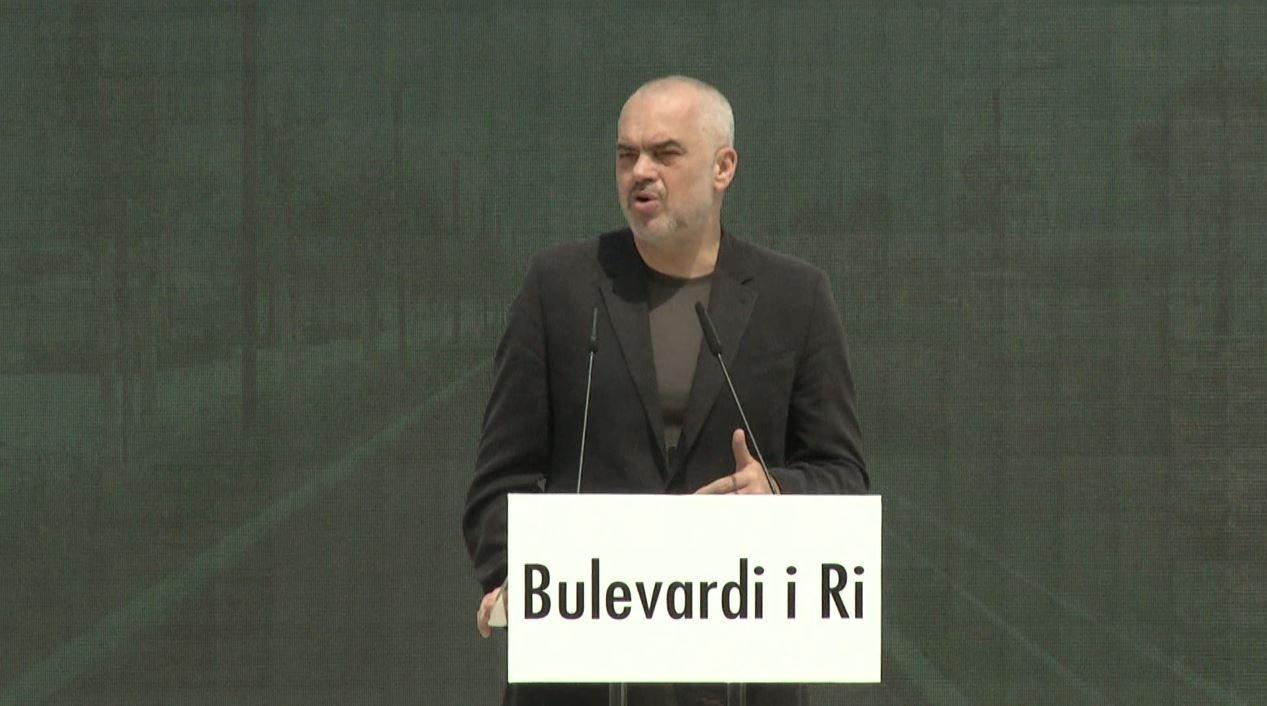 """Rama me dy """"sihariqe"""" për Tiranën"""