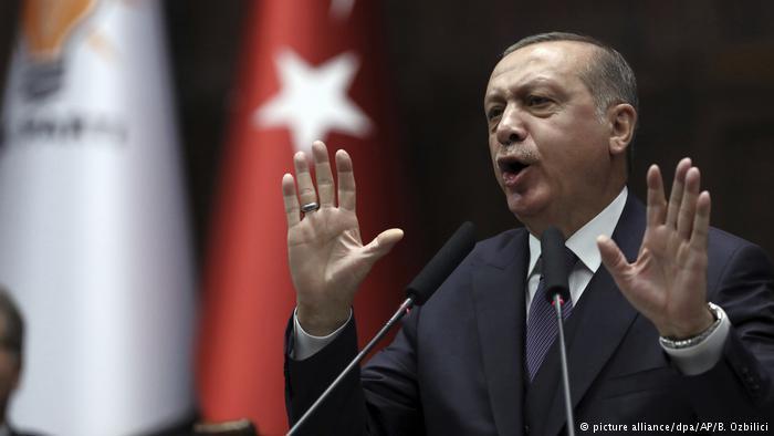 Erdogan: Morsi është një martir