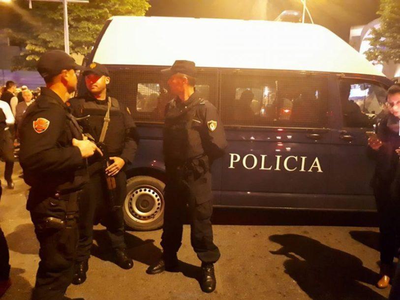 policia-naten-1.jpg