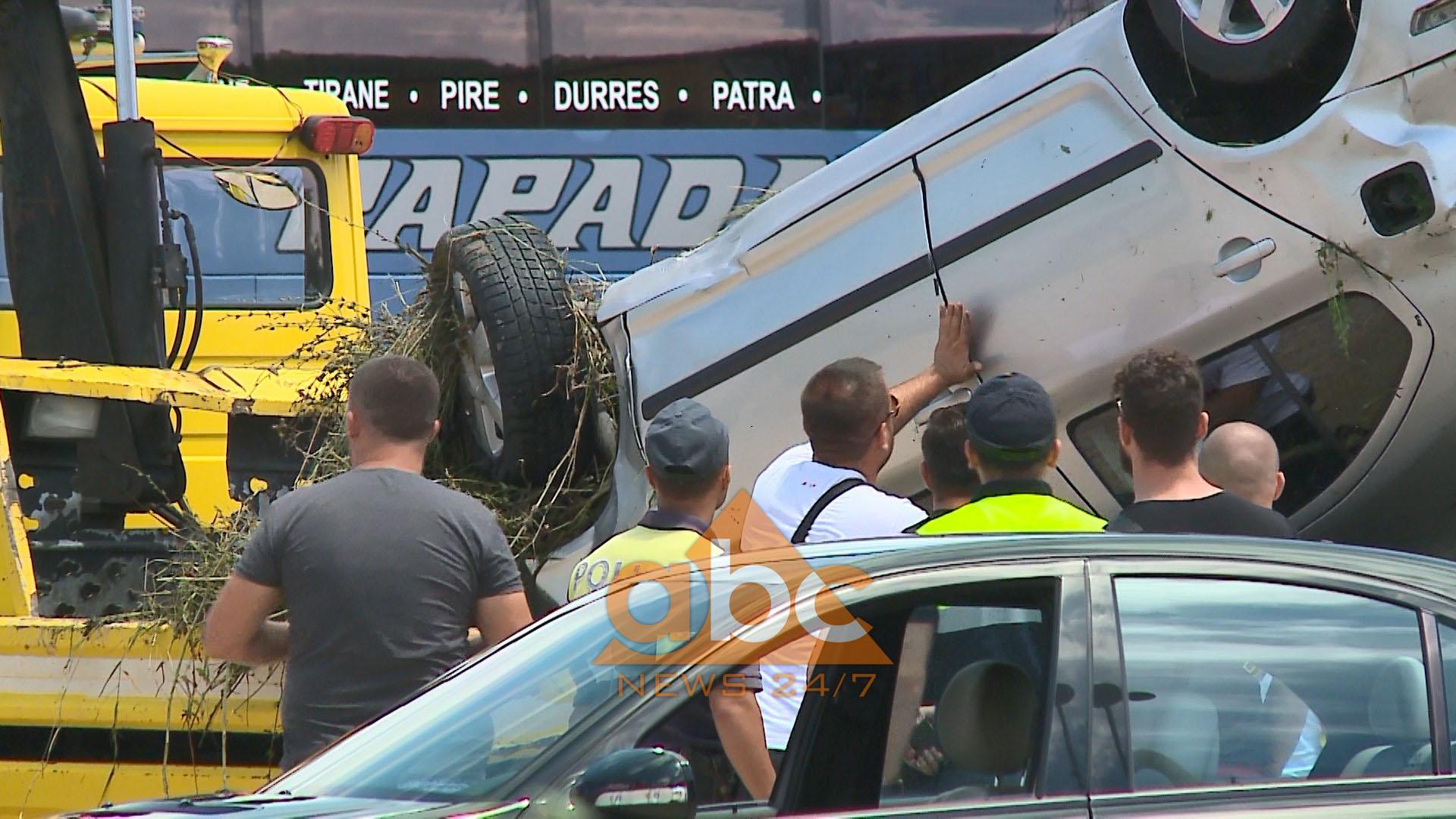 Tre makina aksidentohen në rrugën e Rinasit, 6 të plagosur