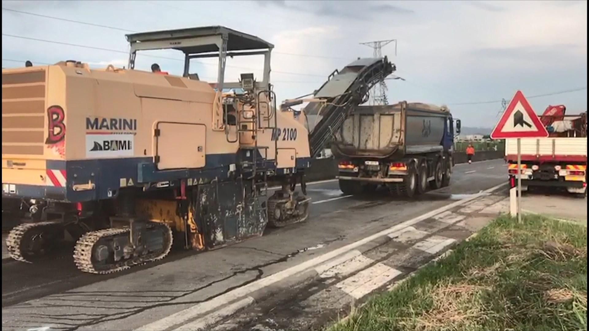 Rifillojnë punimet në autostradë/ Bllokohet aksi Maminas-Sukth