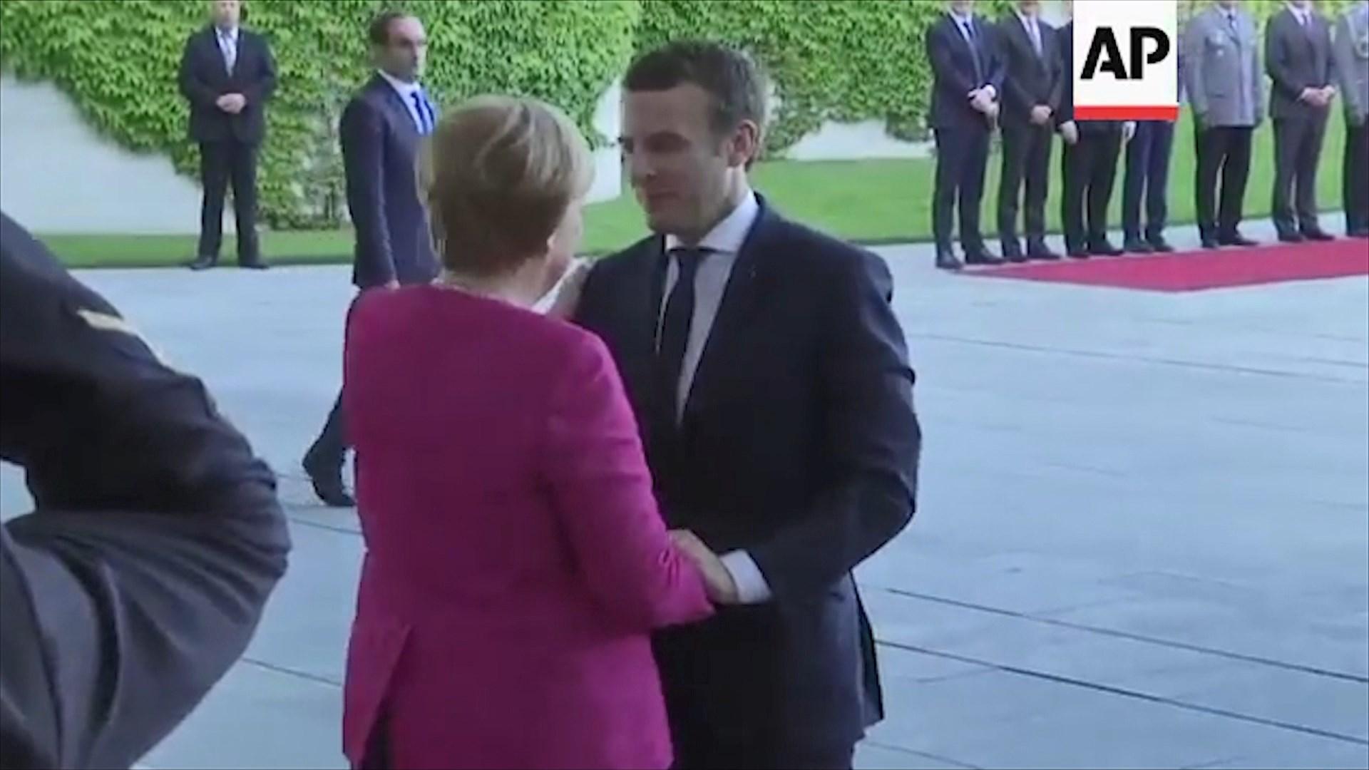 Emigracioni dhe projektbuxheti i BE, sot zhvillohet samiti Macron-Merkel