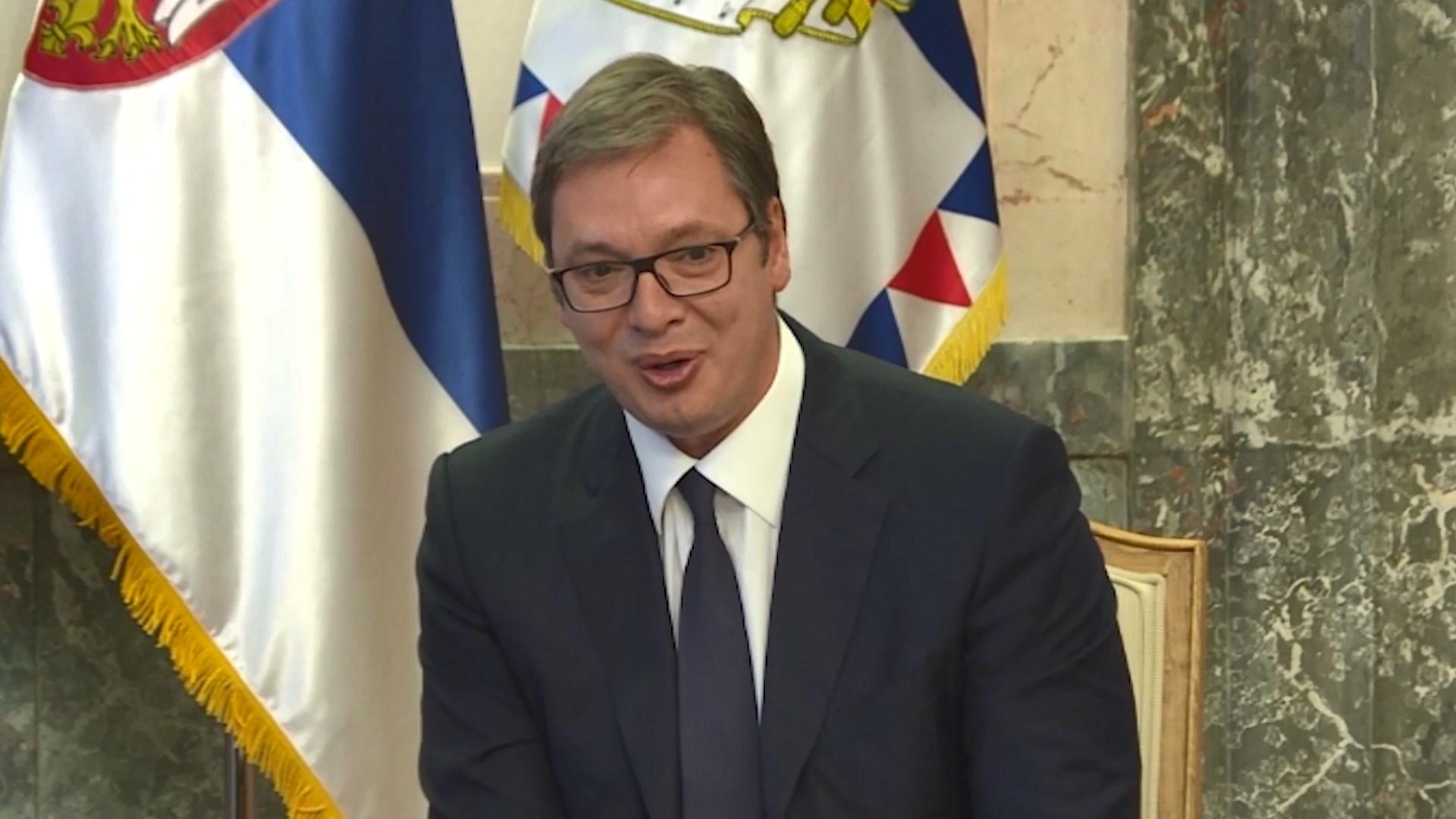 Vuçiç i dëshpëruar për humbjen e Kombëtares