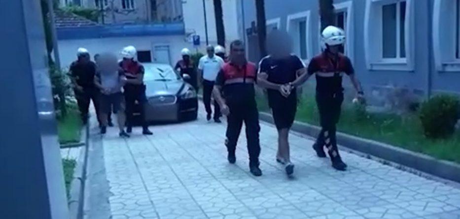 Kundërshtojnë me dhunë punonjësit e policisë, arrestohen 4 persona