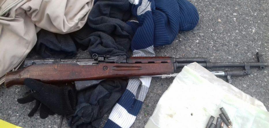 Elbasan, arrestohen 3 persona në dy operacione, sekuestrohet armë e drogë