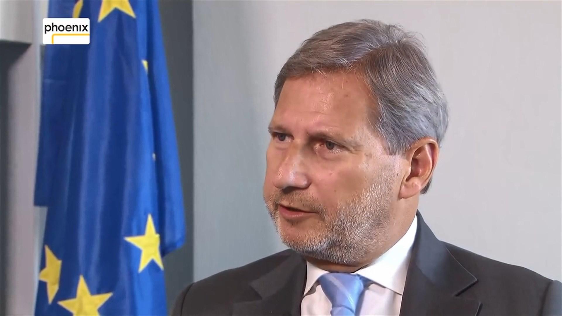 Mediat greke citojnë Hahn: Pas marrëveshjes Shqipëri-Greqi, ristrukturim i kufijve