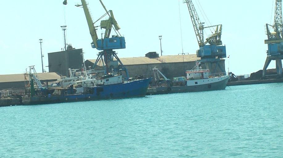 Durrës, anija arratiset nga porti pa marrë lejen e autoriteteve