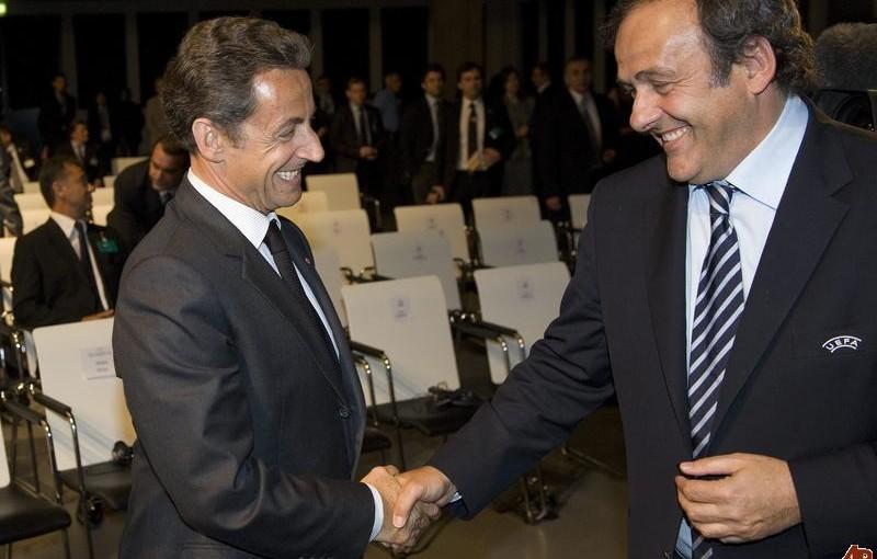 Finalja e Botërorit/ Ish-presidenti Sarkozy në tribunë, ndërsa Platini e sheh nga shtëpia