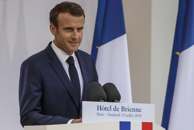 Përplasjet brenda BE, Macron paralajmëron Italinë