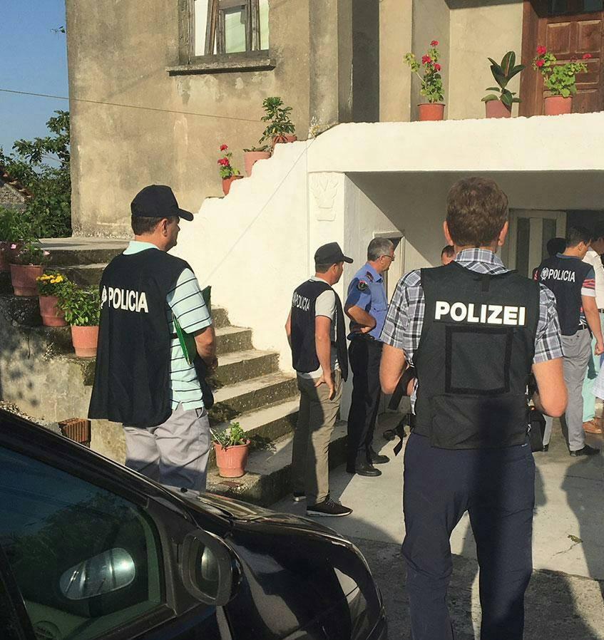 """Europoli, Shqipëria, Franca e Gjermania operacion kundër 40 """"skifterëve"""""""