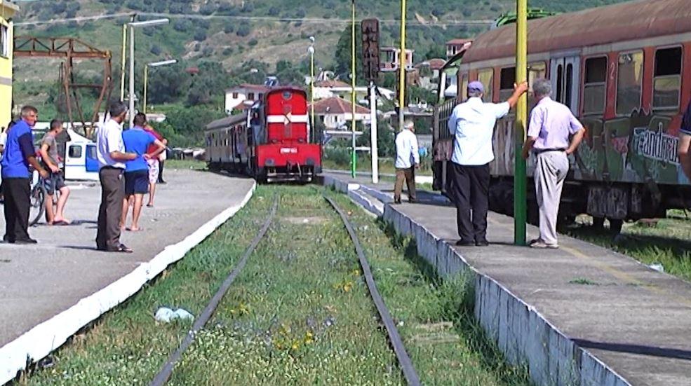 Shqipëria, i vetmi vend në Ballkan pa trena elektrikë