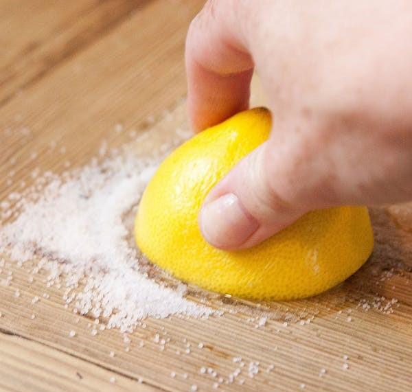 Ndihmesat që do t'ju thjeshtëzojnë jetën në kuzhinë