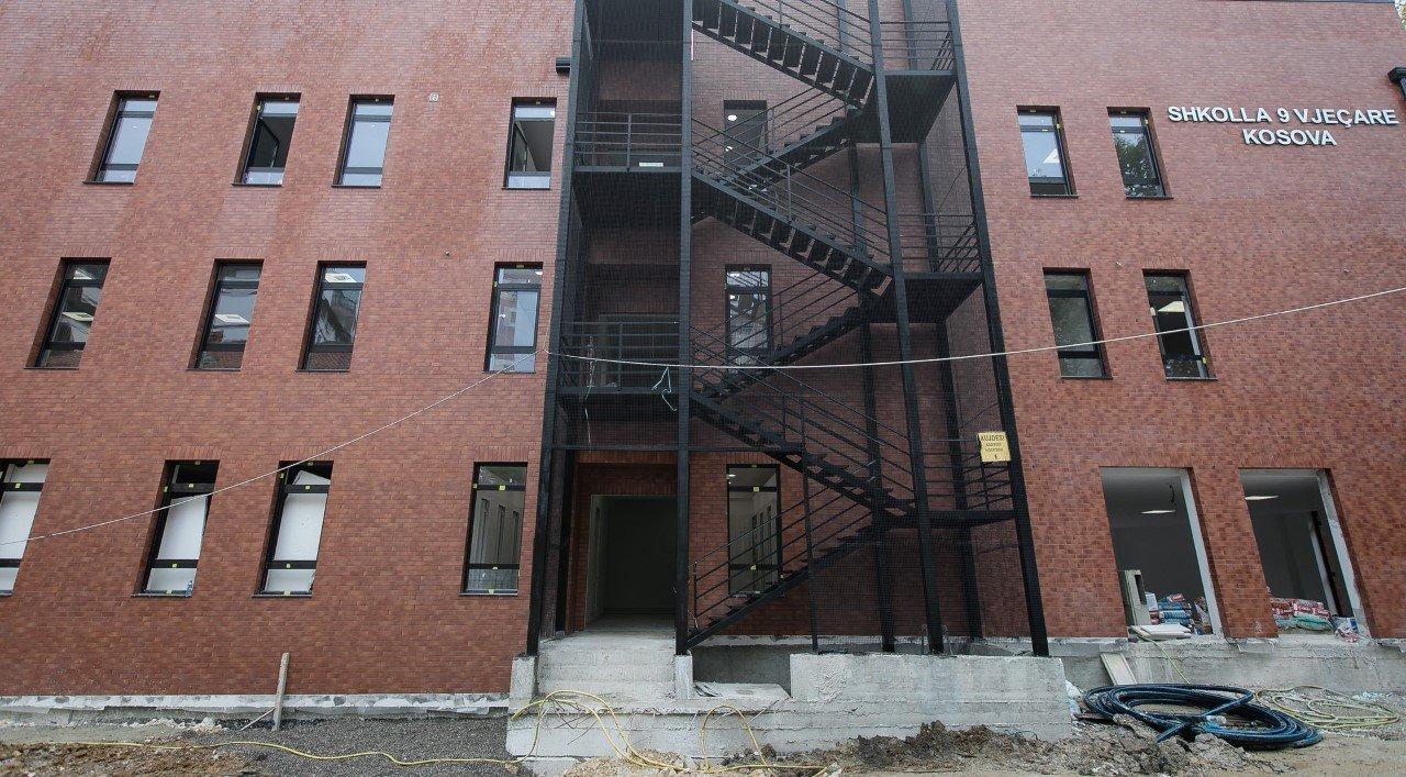 """Shkolla """"Kosova""""/ Veliaj: I kthyem nxënësve hapësirën që donin ta bënin pallat"""