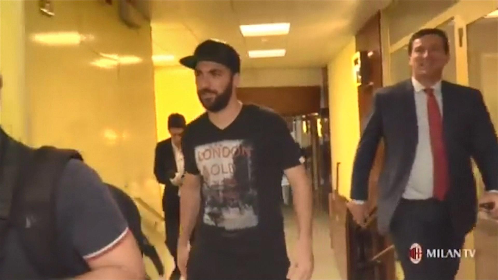 Higuain flet si lojtar i Milanit: Erdha sepse besuan tek unë