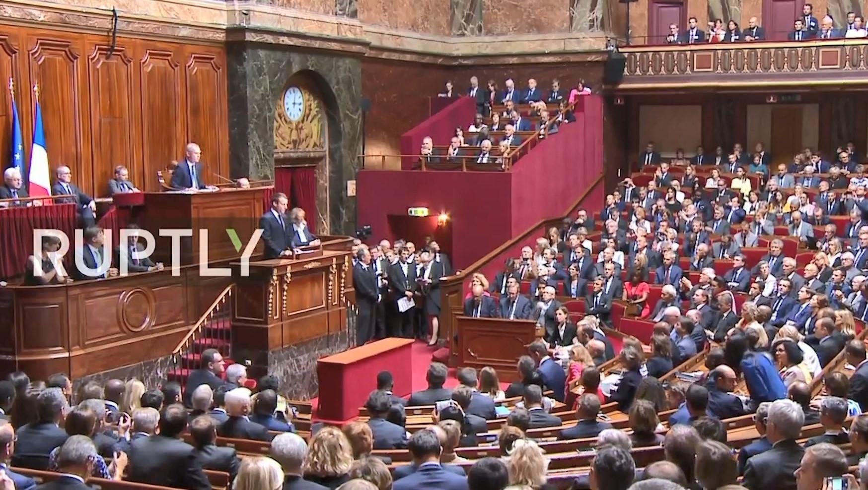 Rrëzohet mocioni i parë për votëbesimin ndaj presidentit Emmanuel Macron