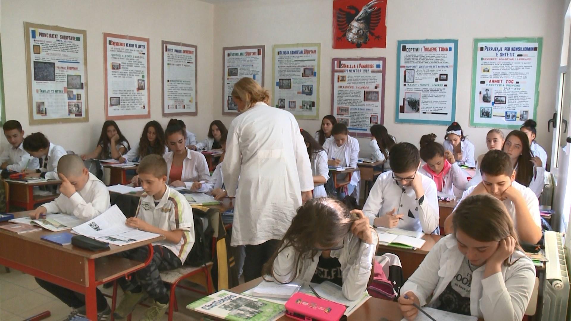 134 mijë nxënës dhe studentë më pak se katër vite më parë