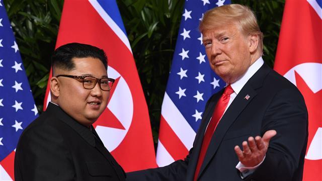 Trump: Unë dhe Kim Jong kemi rënë në dashuri