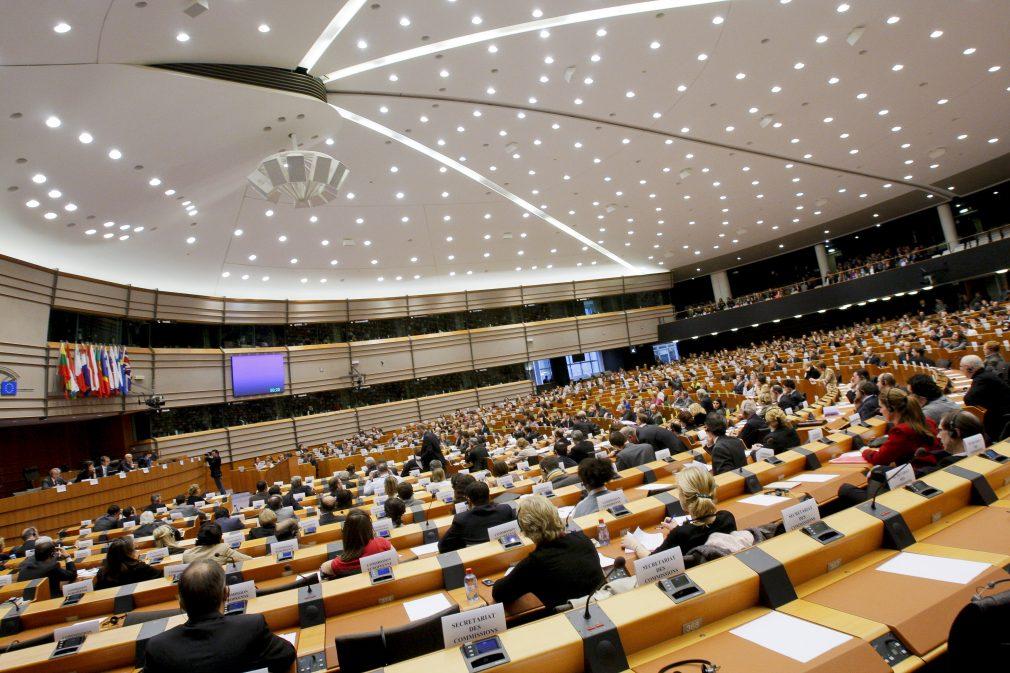 Kosova më pranë lëvizjes së lirë, votohet pro liberalizimit të vizave
