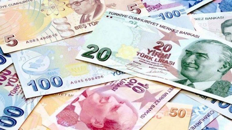 Lira turke dobësohet përballë dollarit