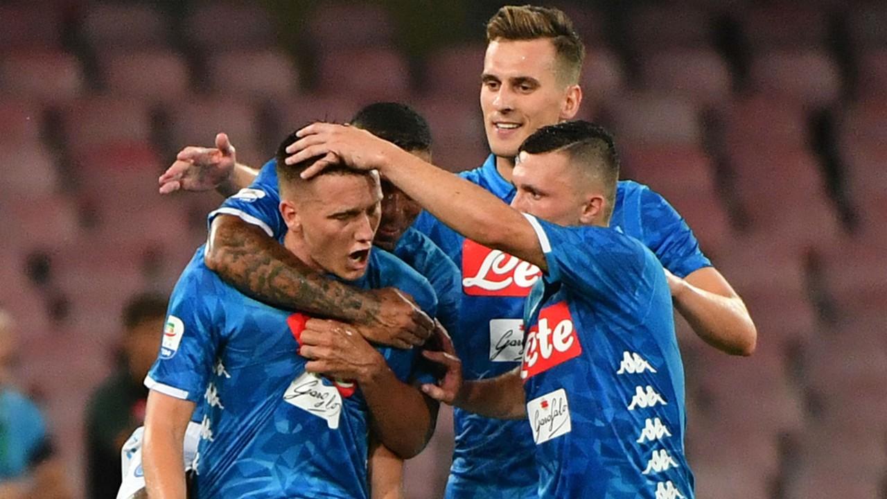 Befason bordi i Napolit, rinovon me futbollistin problematik