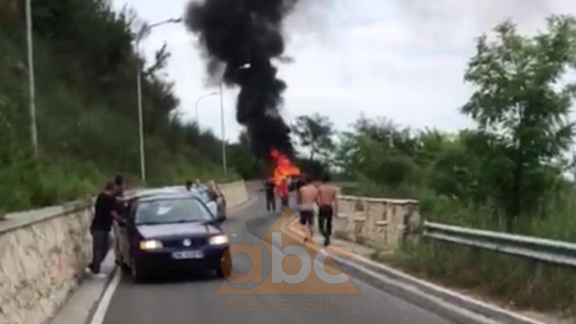 Video+Emri/ Merr flakë makina në Prezë pas përplasjes, plagoset rëndë drejtuesi