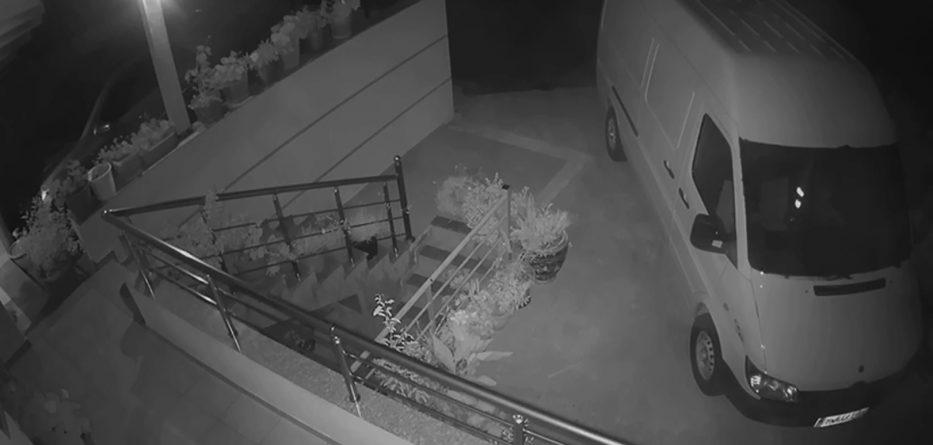 PD publikon videon: Policia nuk heton djegien e makinës së nënkryetarit të Bashkisë