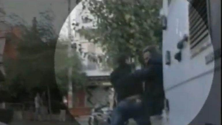 Policia arreston shqiptarin që sulmoi ministrin grek