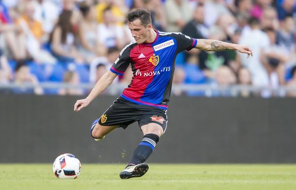 Taulant Xhaka luan në Ligën e Europës