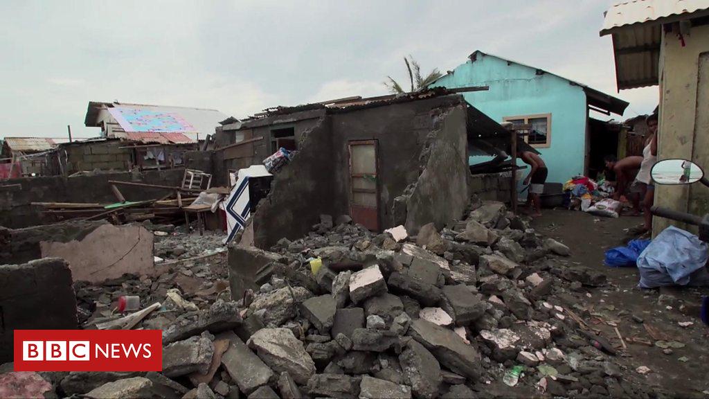 """Tajfuni """"Mangkhut"""" shkakton të paktën 30 viktima në Filipine"""