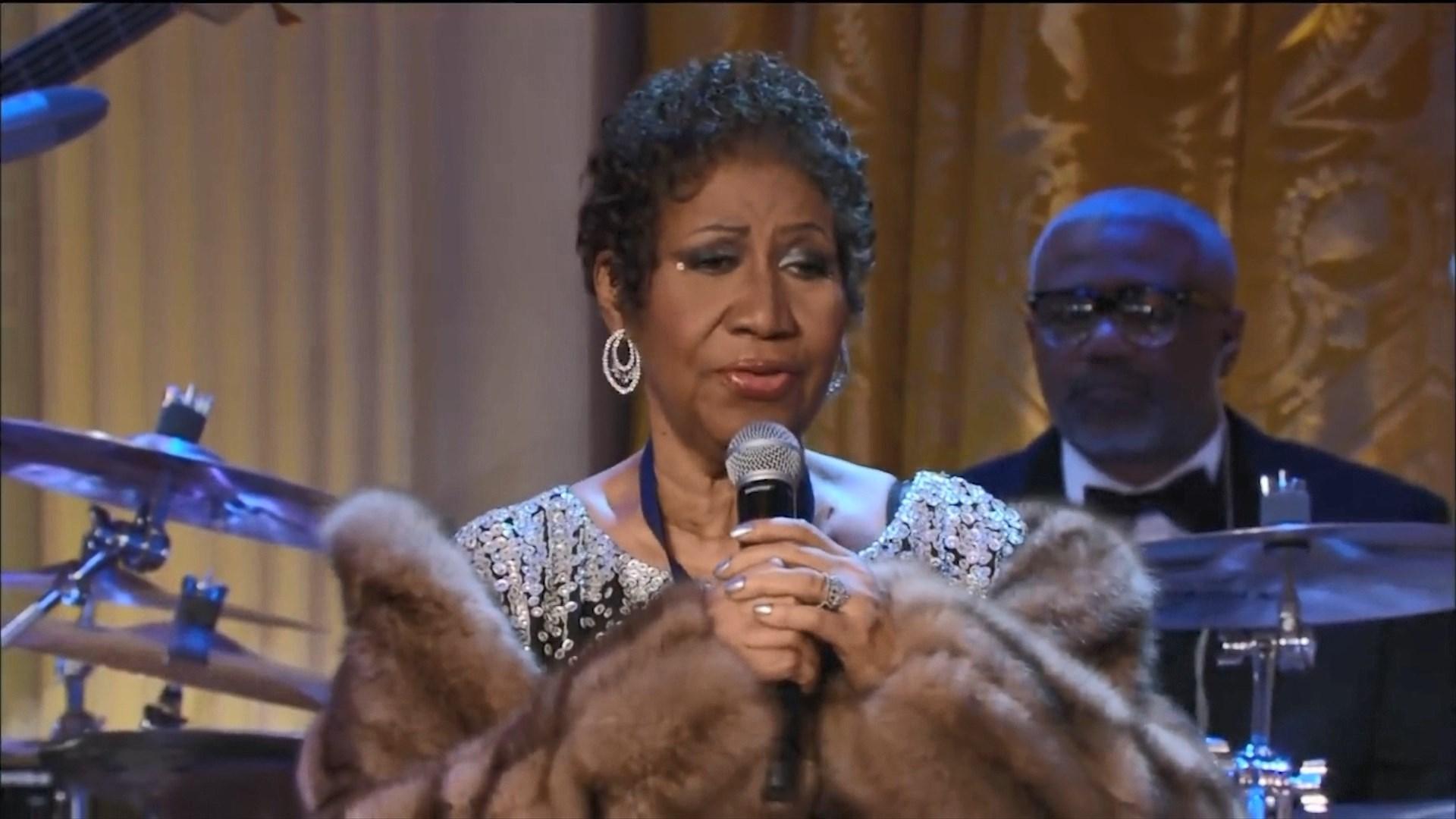 Lamtumirë, Aretha! Muzikantë, familjarë dhe ish-Presidentë i japin lamtumirën