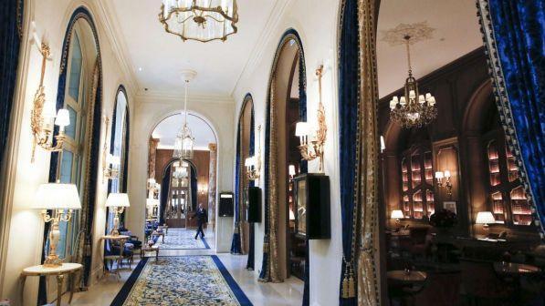 Paris, i grabiten në Ritz bizhuteri me vlerë 800 mijë euro princeshës saudite