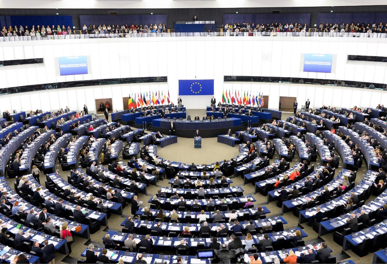 Liberalizimi i vizave për Kosovën, politika shqiptare përgëzon vendimin