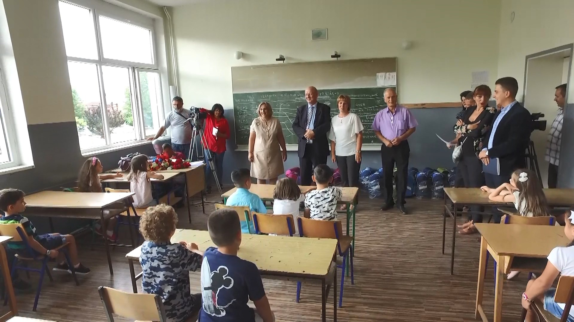 Fëmijët shqiptarë në Preshevë nisin vitin e ri shkollor pa tekste mësimore