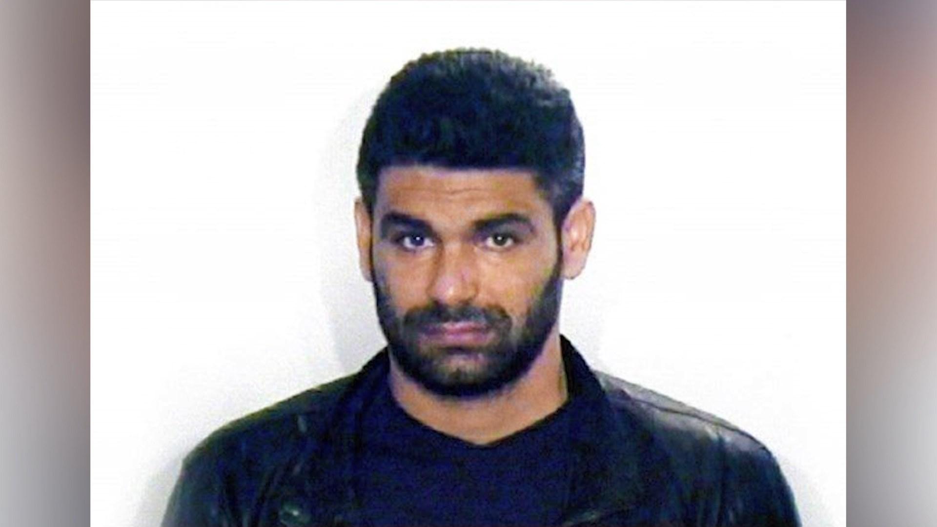 Safet Bajri në liri për katër orë, merr pjesë në varrimin e të atit