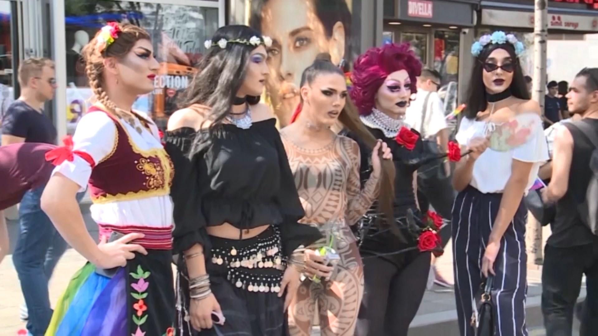 Serbi, zhvillohet parada e krenarisë së komunitetit LGBT