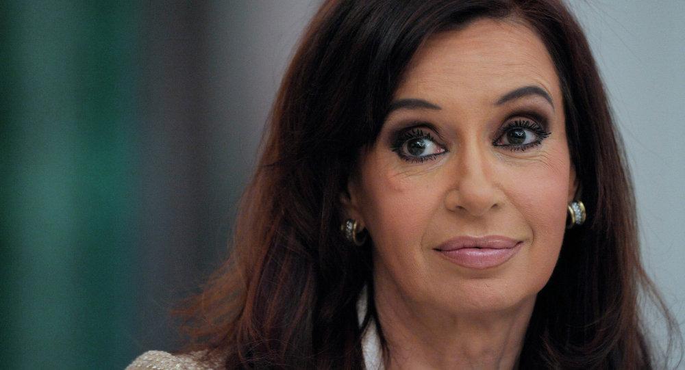 Gjykata argjentinase kërkon arrestimin e ish-Presidentes