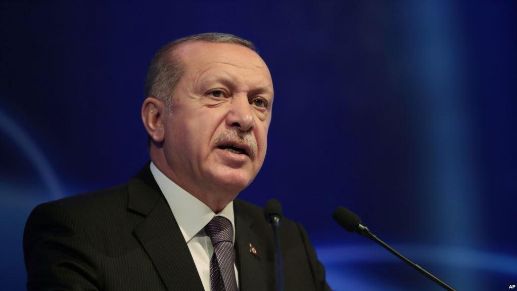 Erdogan pranon një avion 400 milionë dollarësh nga Katari