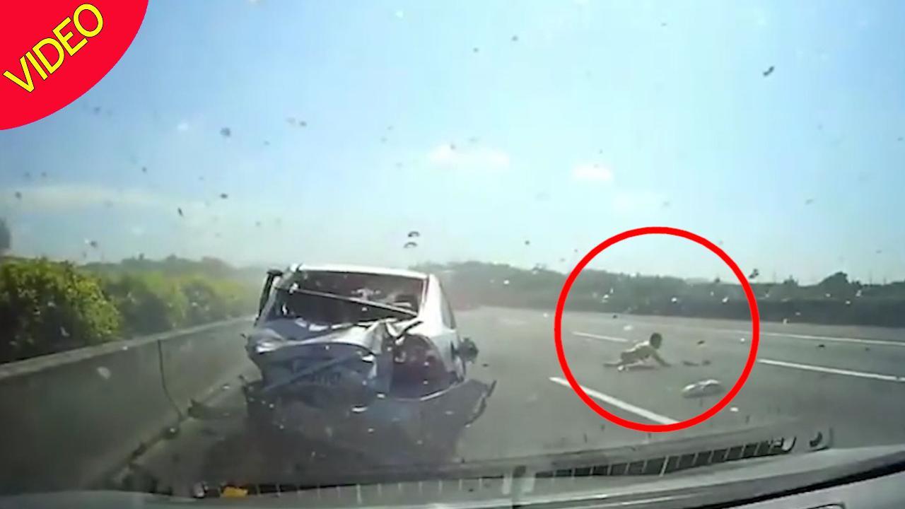 Video/Fëmijët i shpëtojnë mrekullisht aksidentit
