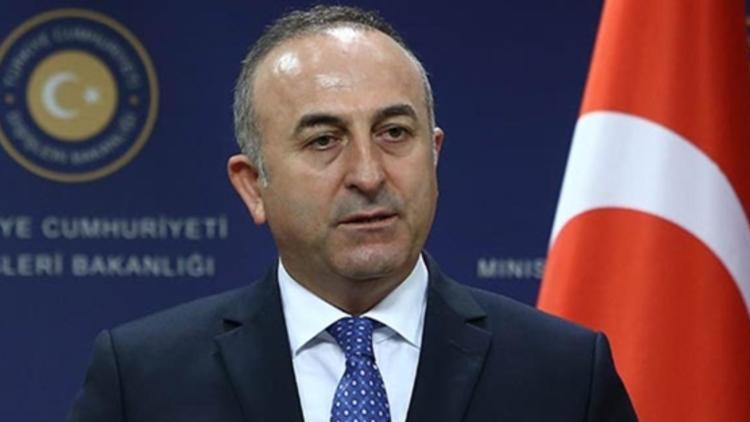 Ministri i Jashtëm turk Mevlut Cavusoglu mbërrin në Tiranë, pritet nga Gent Cakaj