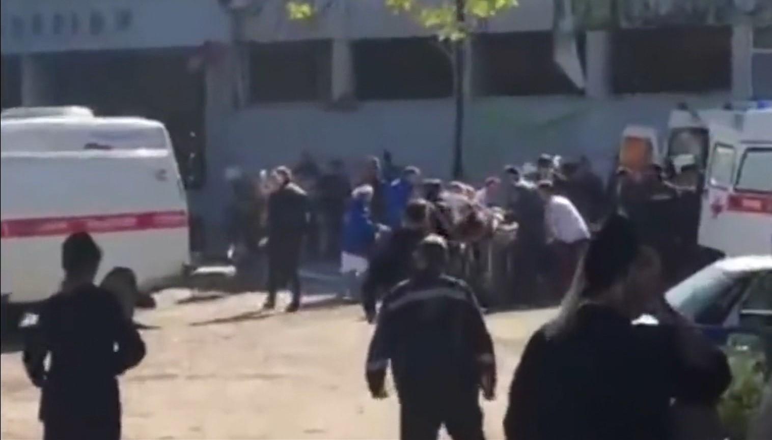 Sulm me armë në një kolegj në Krime, 18 viktima dhe 40 të plagosur