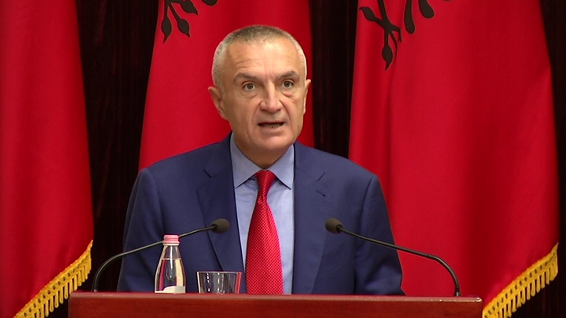 Presidenti Meta vlerëson ish-ministrin e jashtëm italian Franco Frattini