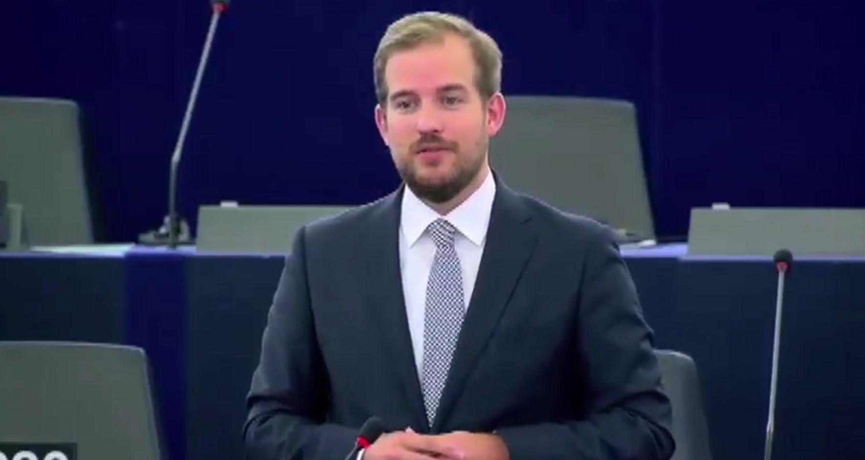 PE aprovon reformën e Shengenit: Sinjalizim i ri për personat që u refuzohet azili