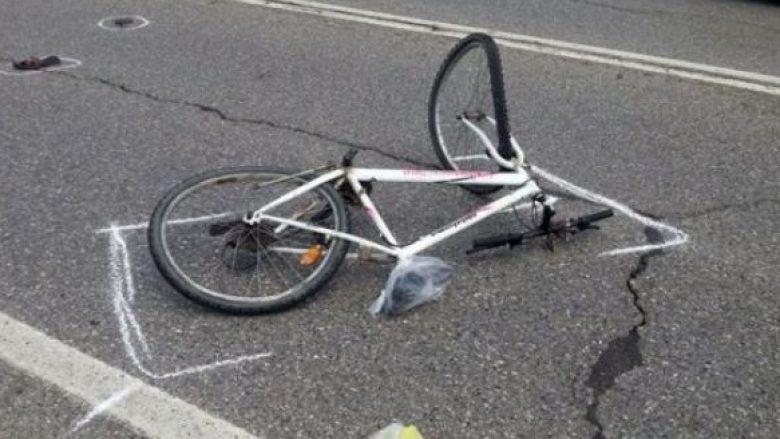 Durrës, motori përplas për vdekje 59 vjeçarin me biçikletë