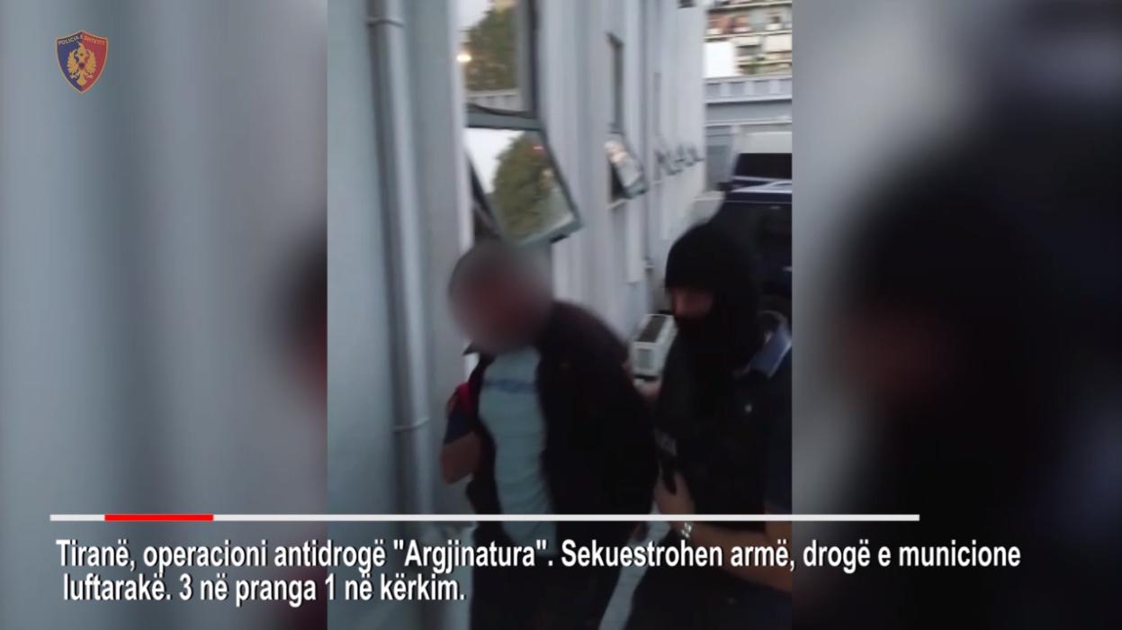 """""""Argjinatura"""" në Tiranë, 3 vetë në pranga dhe 1 në kërkim"""