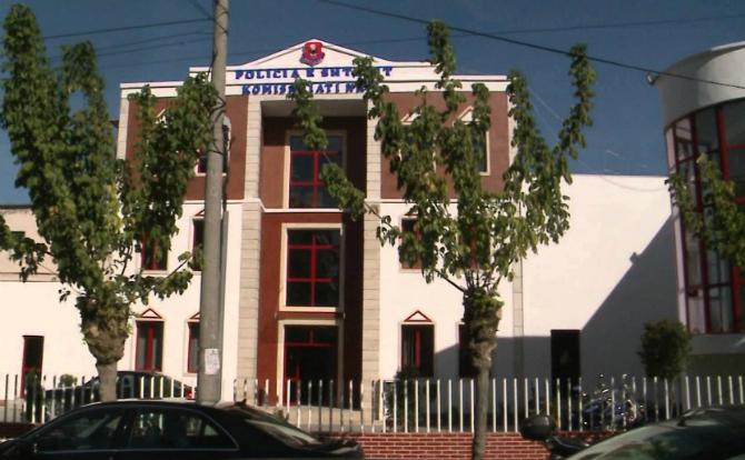 Tiranë, ndërron jetë në komisariat 45 vjeçari i ndaluar