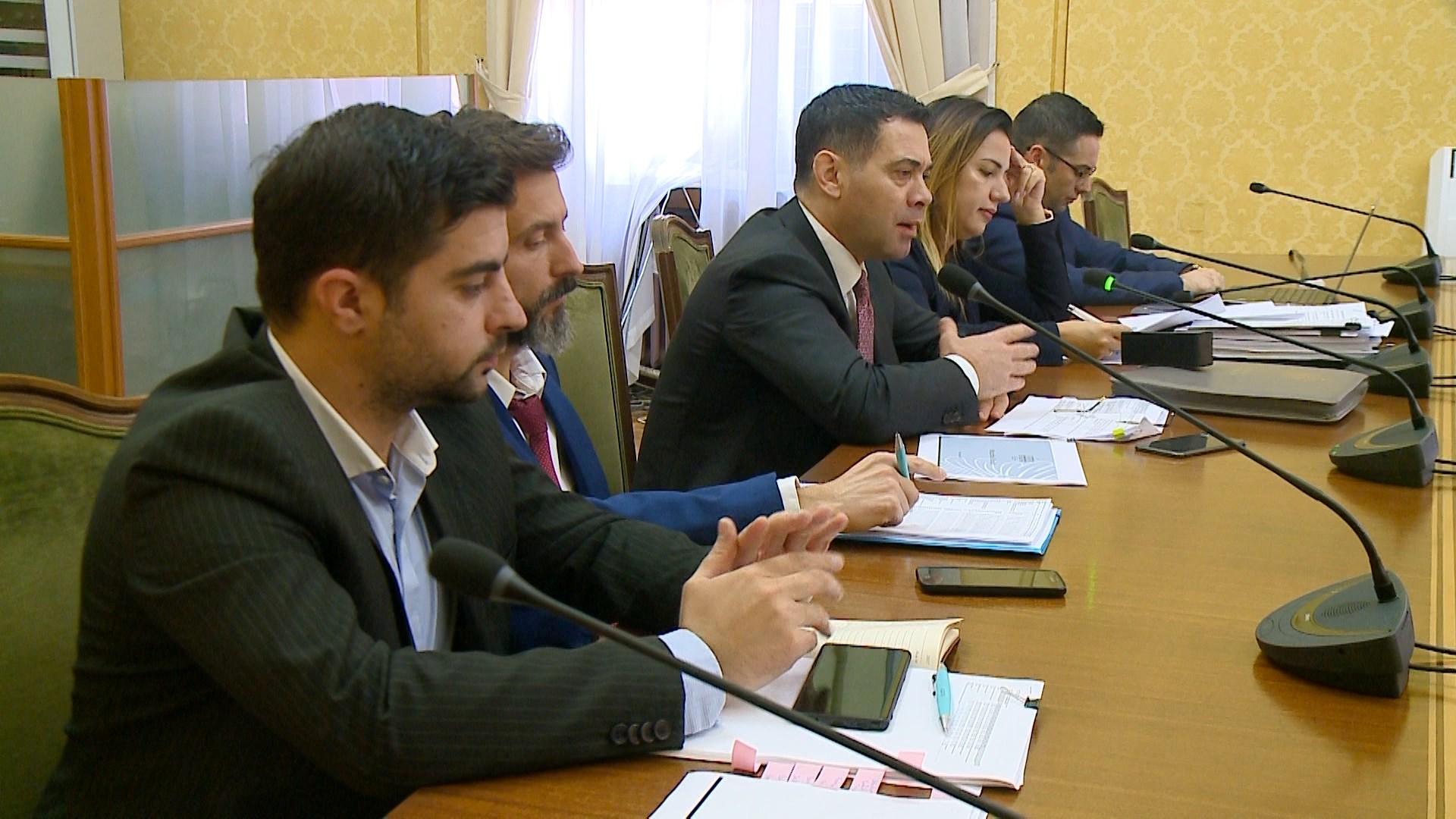 Ahmetaj: Borxhi publik ulet me 2% në 2019
