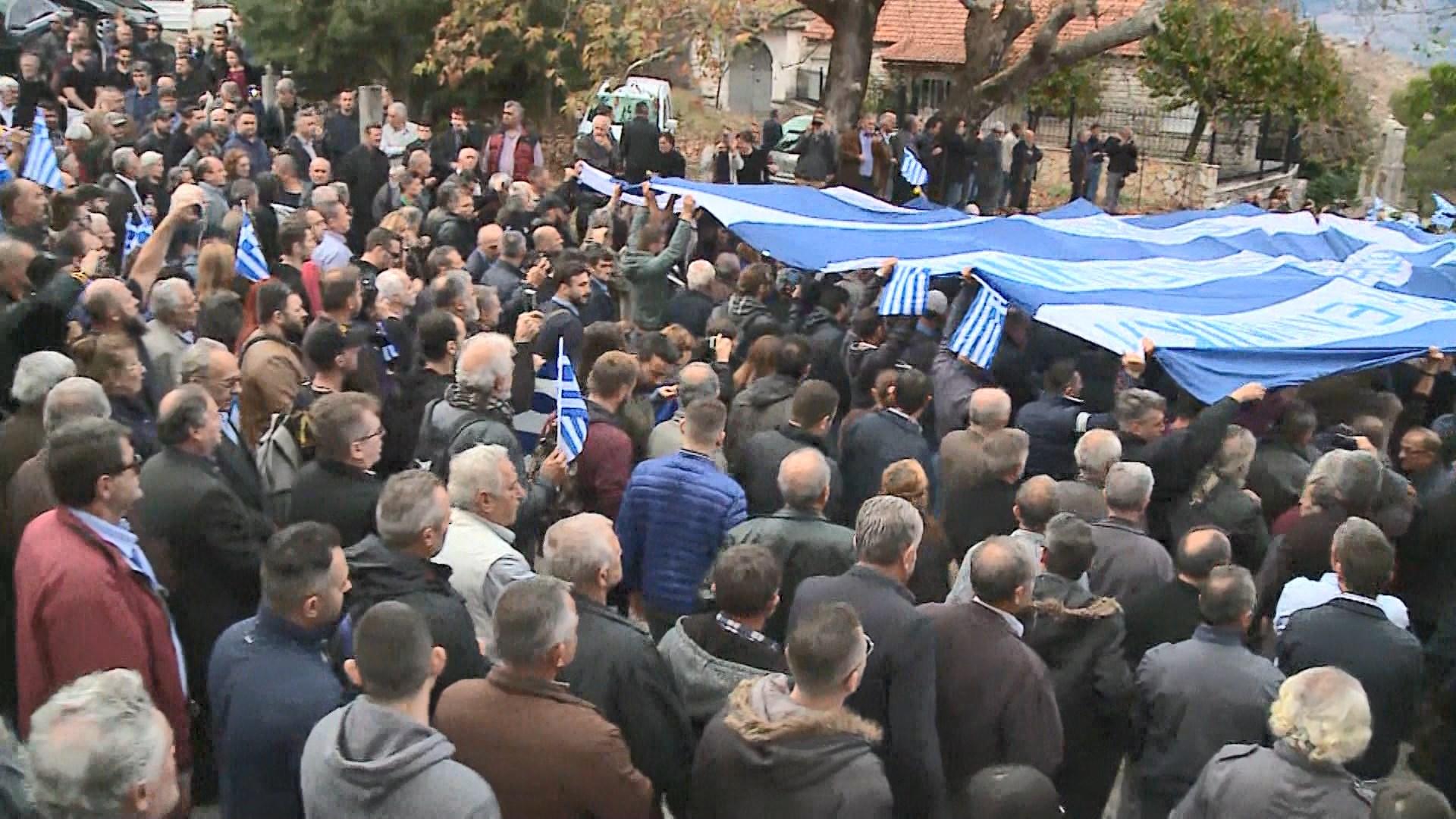 Thirrjet antishqiptare në Bularat, 11 grekë ndiqen penalisht në gjendje të lirë
